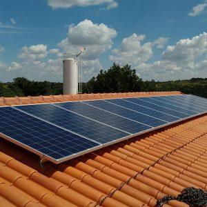 03 - Instalação dos módulos fotovoltaicos - 13 x 310Wp Trina Solar