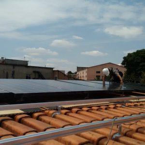02 - Instalação dos módulos fotovoltaicos - 14 x 275Wp Sun Edison