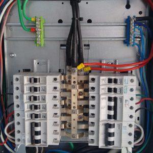09 - Quadro de Distribuição de Circuitos - QDC