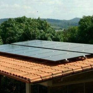 04 - Arranjo fotovoltaico finalizado - 14 x 275Wp Sun Edison