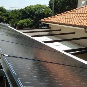 04 - Instalação dos módulos fotovoltaicos - 10 x 2,70kWp Sun Edison